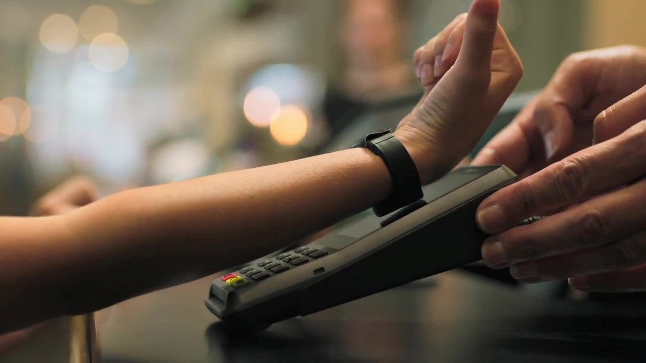 Contactless Wearable Cashless Payment Wristbands - HUAYUAN RFID Wristbands